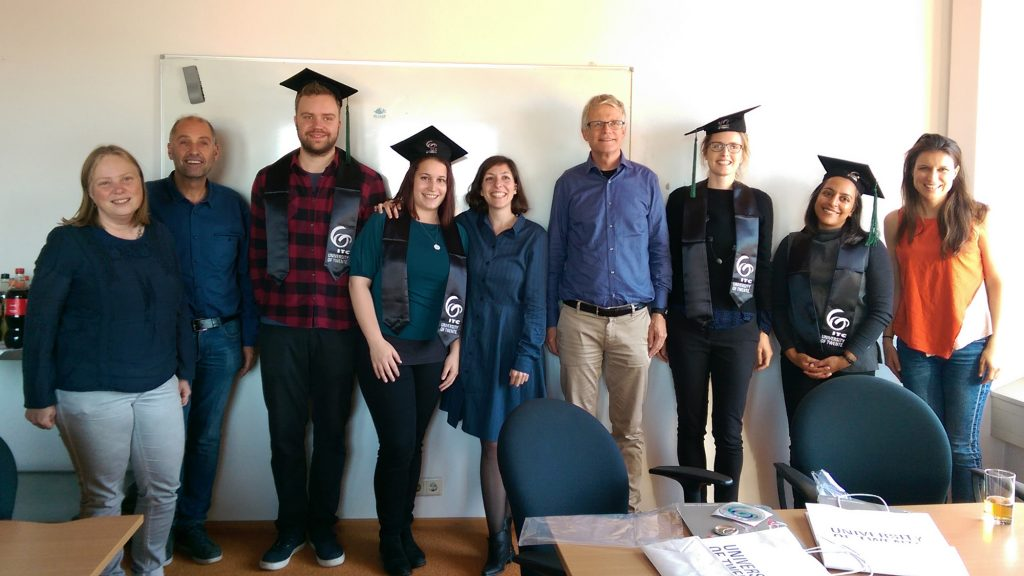 The 4 fresh MSc's and their supervisors at the University of Twente